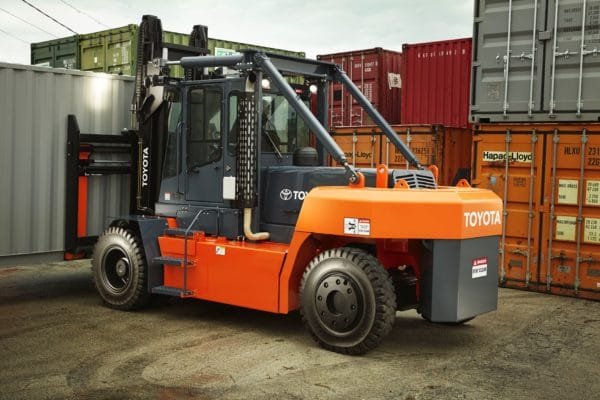 toyota high capacity forklift in shipping container yard