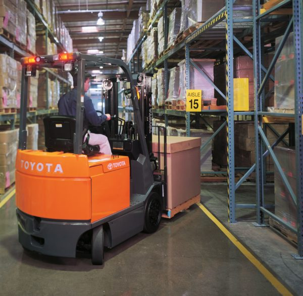 toyota large electric forklift indoor warehouse appplication