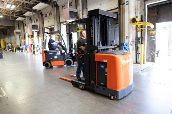 toyota 8 series order picker warehouse loading dock