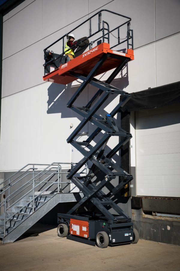 aichi scissor lift outdoor application