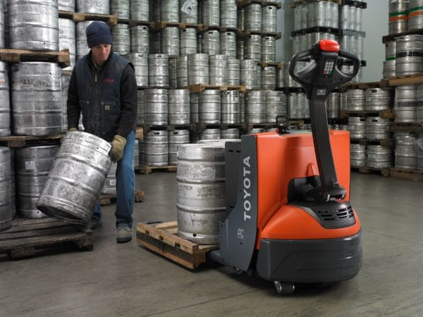 toyota electric walkie pallet jack beer keg application