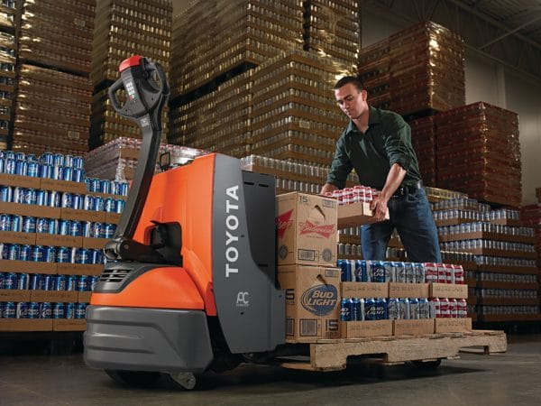 TOYOTA ELECTRIC WALKIE PALLET JACK 1
