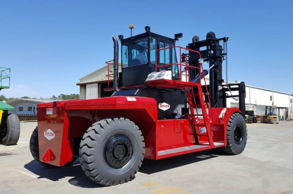 TAYLOR X-900M LARGE CAPACITY FORKLIFT 1
