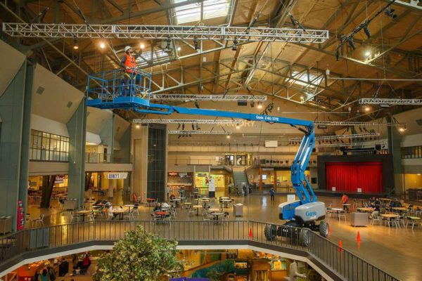genie z-60/37 dc articulating boom lift application