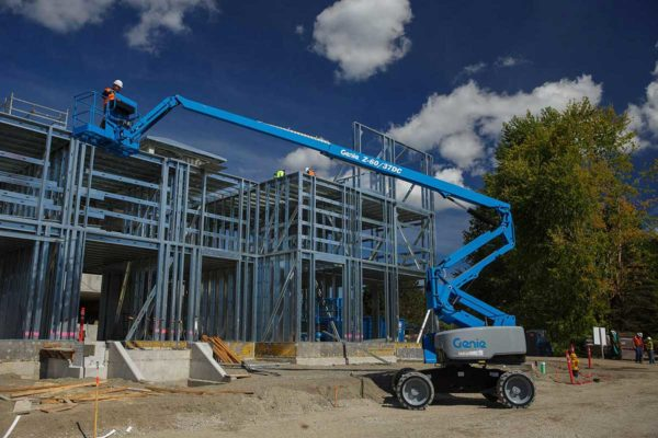 genie z-60/37 dc articulating boom lift outdoor application