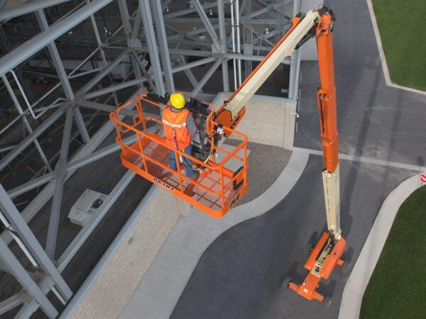 jlg 1500sj telescopic boom lift construction application