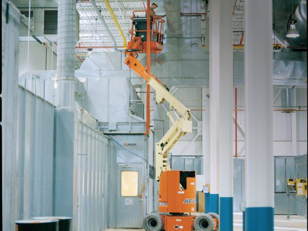 jlg e300aj articulating boom lift application