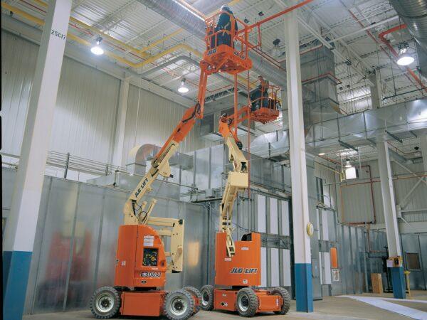 jlg e300ajp articulating boom lift application