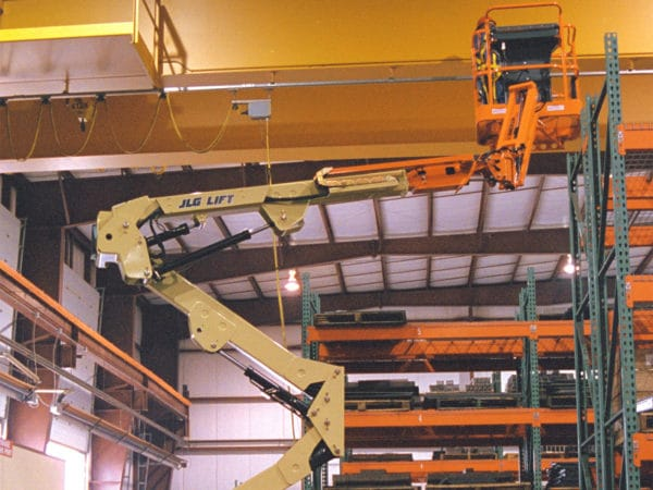 jlg e400ajp articulating boom lift application