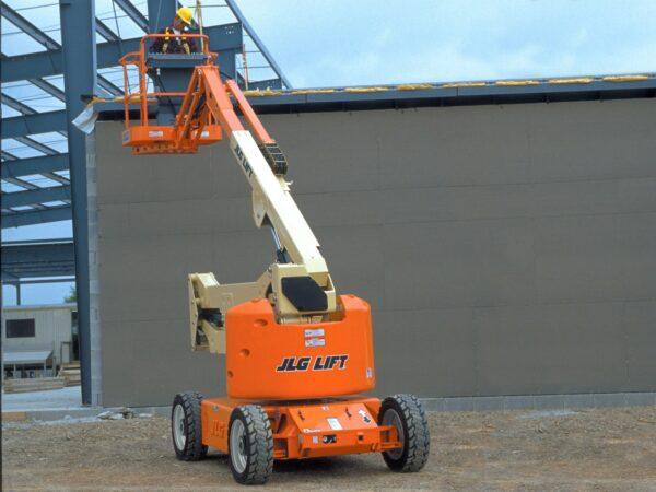 jlg e450ajp articulating boom lift application