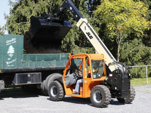 jlg g5-18a telehandler application
