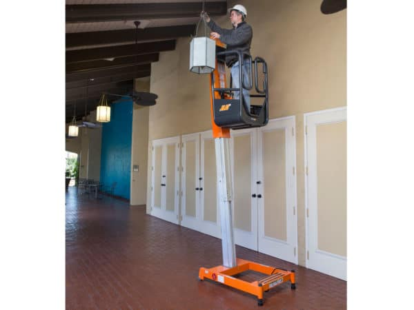 jlg ft70 liftpod light installation application