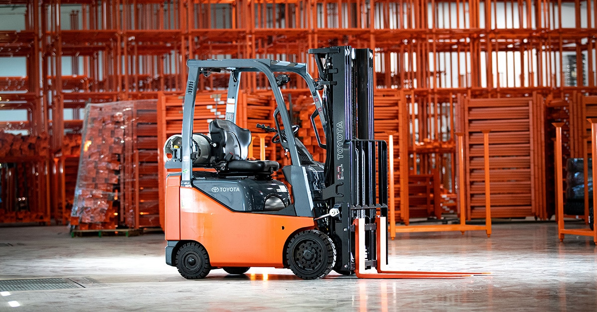 rent a forklift in colorado springs